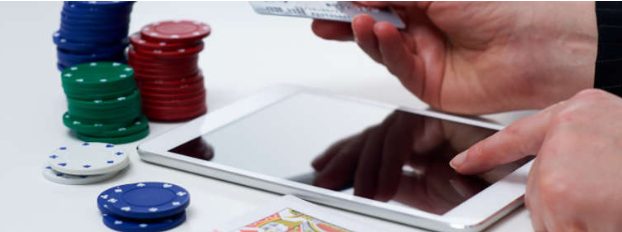 Using Your Credit Card at an Online Casino